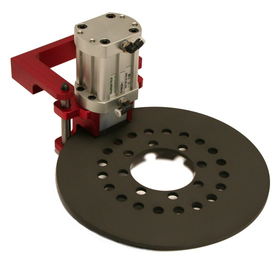 STD-BL with mounting bracket and brake disc. Disc and mounting bracket are not included.