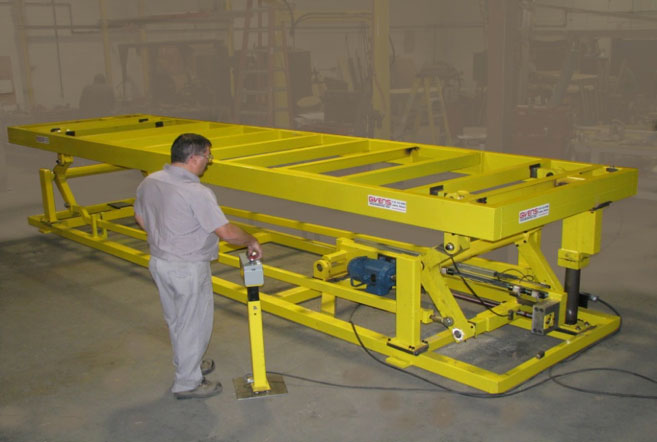 High-speed electric work lift platform by Givens Engineering Inc. manufactured in Canada.
