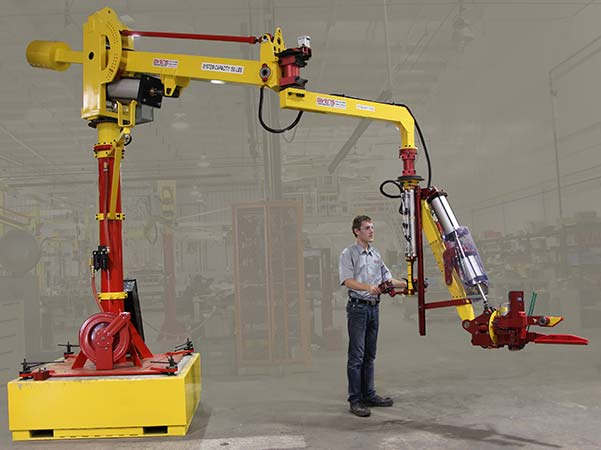 M120 manipulator mounted on a forkliftable heavy base for mobility