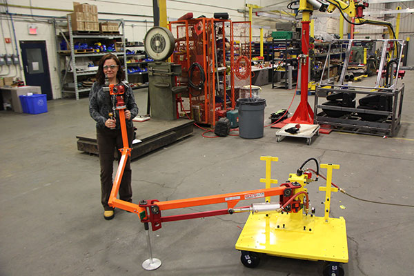 Torque arm mounted on a mobile base by Givens Engineering Inc.