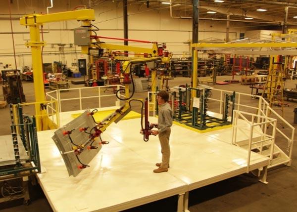 Work platform serving Givens Engineering manipulator